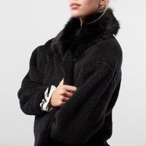 Express Fleece Jacket Faux Fur Collar Black